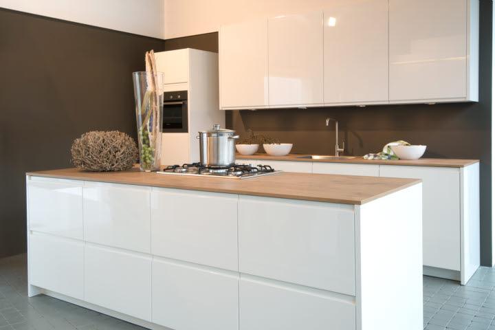 Greeploze keuken hkkeukens - Keuken wit hout ...